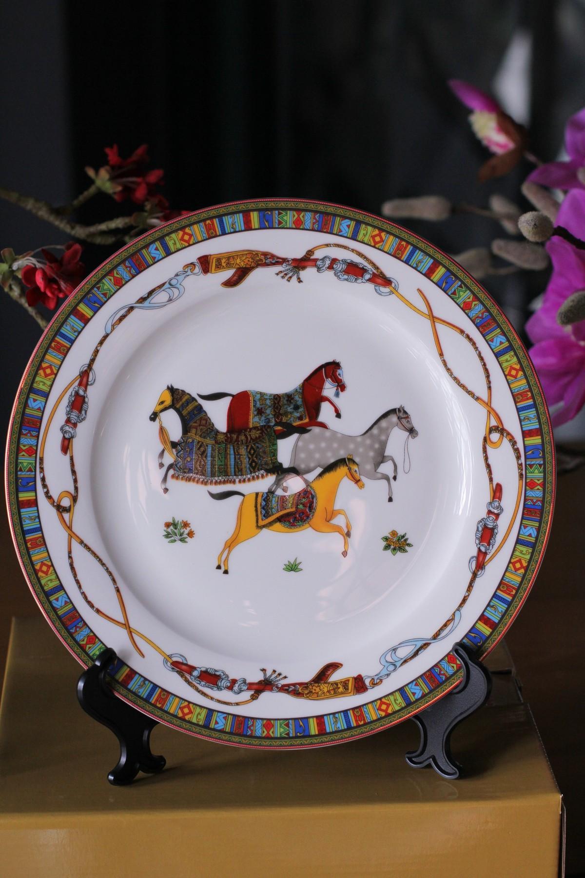 Bộ đồ ăn Sứ Xương Cao Cấp 58 Món Hoa Văn Tứ Mã Tây Tạng