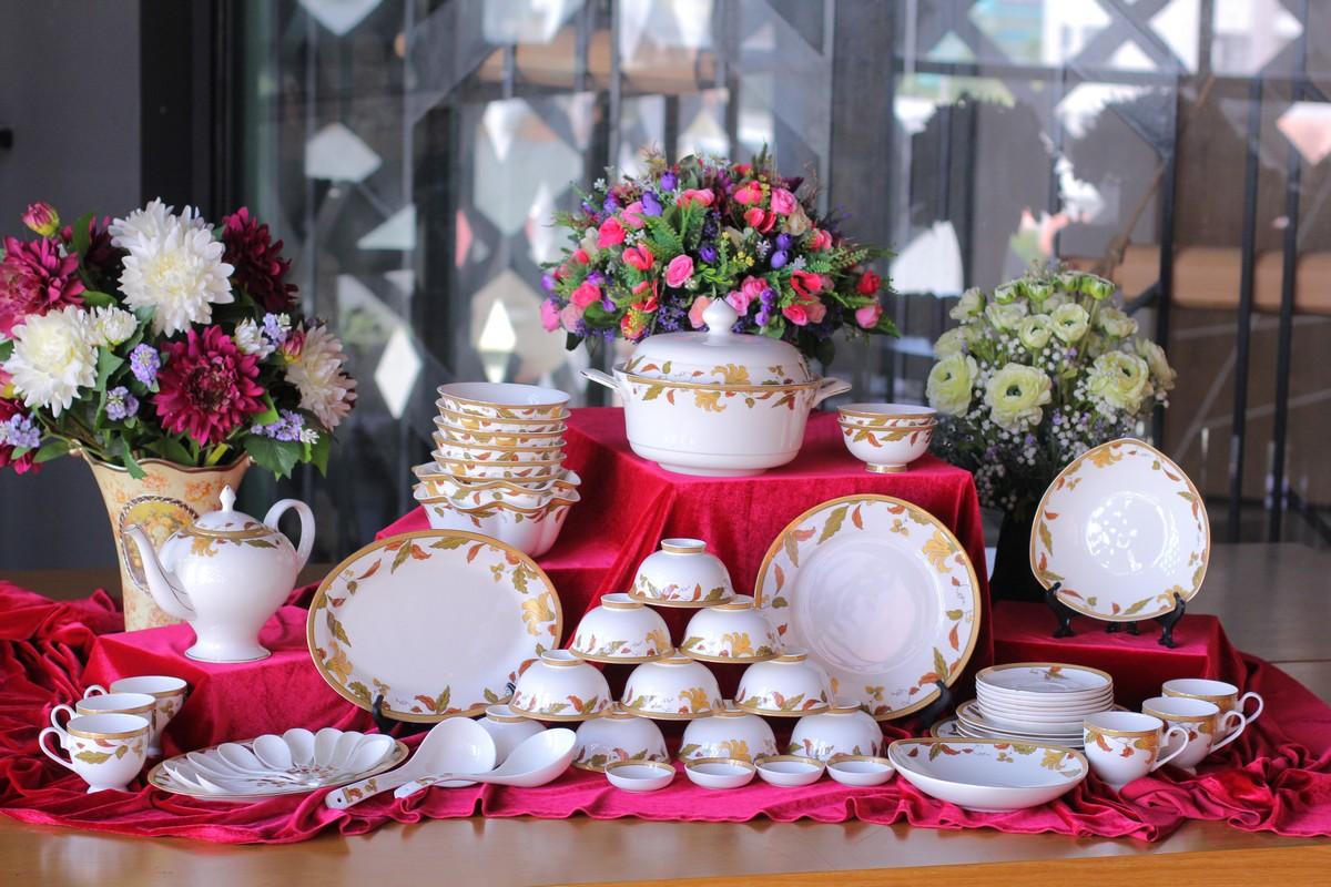 Bộ đồ ăn Sứ Xương Cao Cấp 64 Món Viền Hoa Lá Vàng O'Hara
